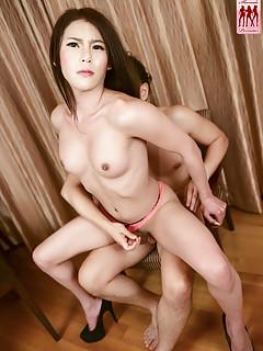 Asian Shemales Fuck Pics